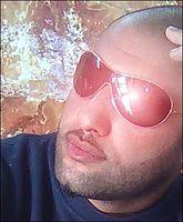 صلاح حسن 2010 اخاف يصير شي بيا.mp3